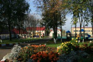 Ломоносовская школа-пансион